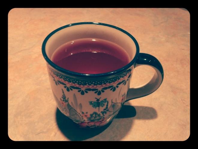 Wieczorna herbatka z czarnej porzeczki