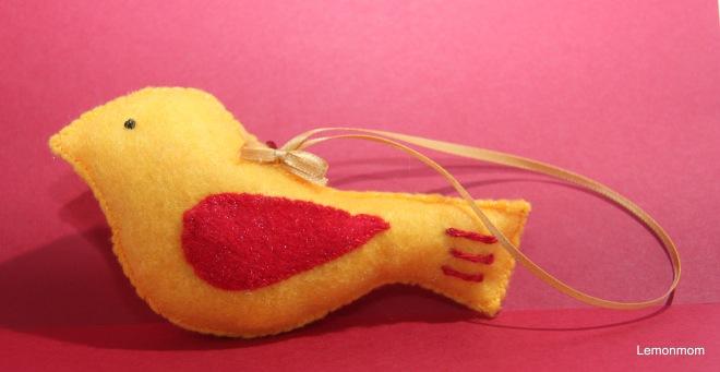Żółty ptaszek